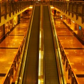 shopping-mall-escalator