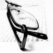glasses-learning-education_sq