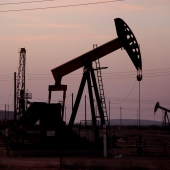oil gas_sq