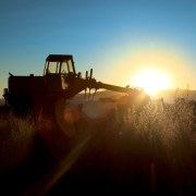 tractor2_lrg