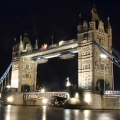 london tower bridge_sq