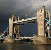 london_uk_storm_170sq