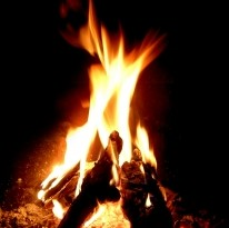 fireplace-fire-1423813-m