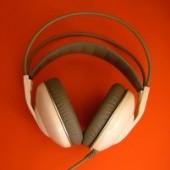 headphones-3-752456-m