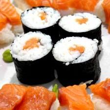 salmon-sushi-624280-m
