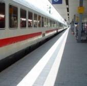 train-station-546723-m