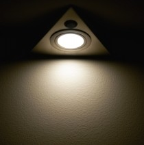 under-light-1244963-m