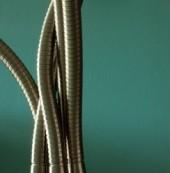 shiny-cables-1254480-m