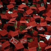 graduates-351603_960_720 (1)